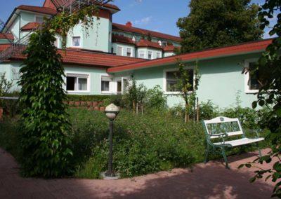 Aussen_Garten02